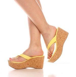 Shoes - 🆕️ARRIVED Yellow Golden Accent Design Platform Sa